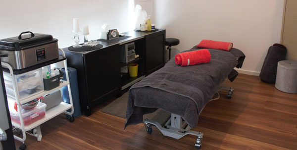 soulas massage adelaide Qualified Remedial Massage Therapist located in Adelaide Plympton Park next to Morphettville Race Course.